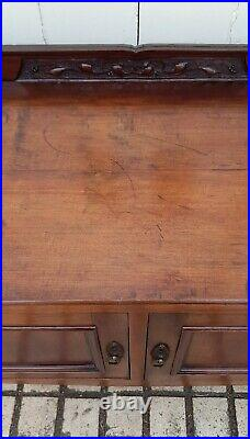 Antique Victorian Hand Carved Art Nouveau Side/Hall/Console/Table/Cupboard